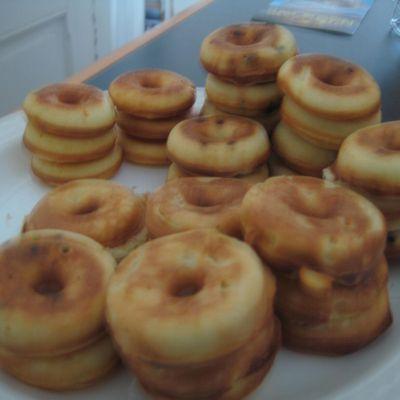 Mini donuts (avec appareil pour cuire les donuts)