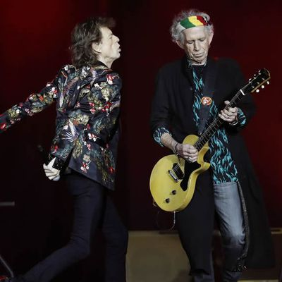 Keith Richards suggère une vasectomie à Mick Jagger, puis s'excuse