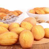 Dessert facile : Comment faire des madeleines ?