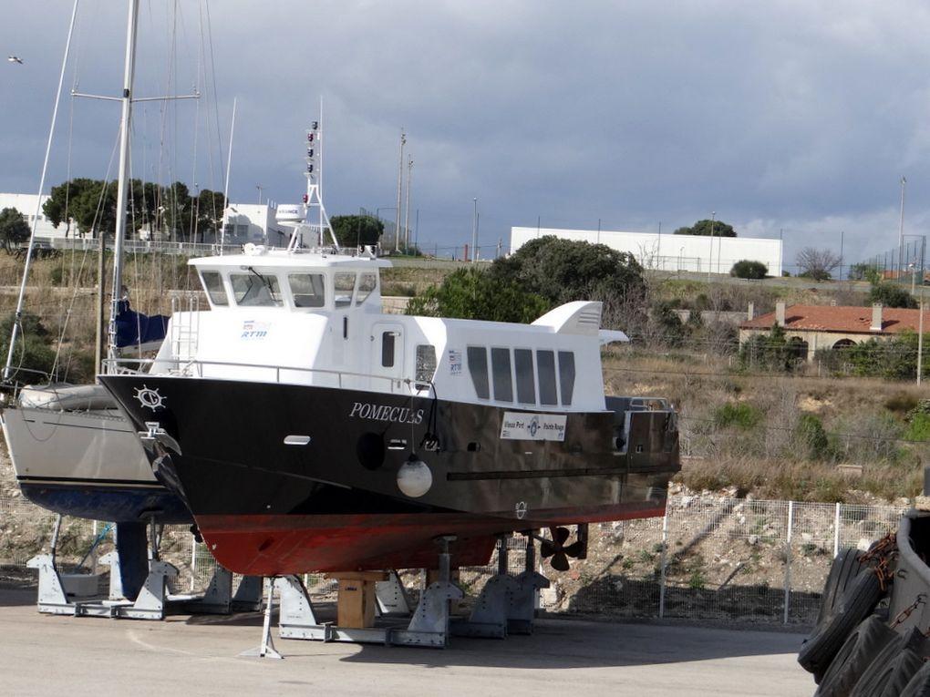 POMEGUES  en chantier de réparation à Port de Bouc