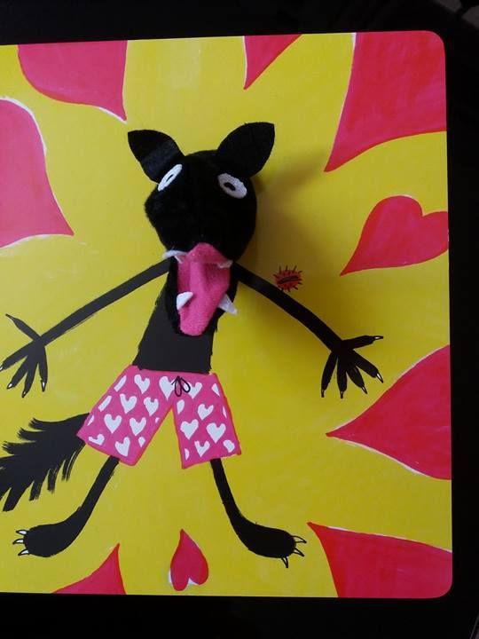 Les Bisous du grand méchant loup - Editions casterman - Un livre marionnette ludique et drôle !