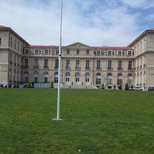 Palais du Pharo ,Marseille ( Bouches-du-Rhône 13 ) A