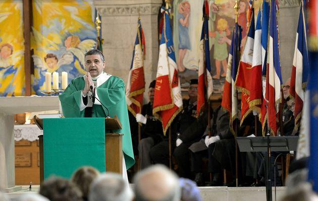 Messe avec les anciens combattants, présidée par Mgr Lebrun