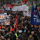 Ce samedi 28 décembre 2019, à Paris comme partout en France, on lâche rien!