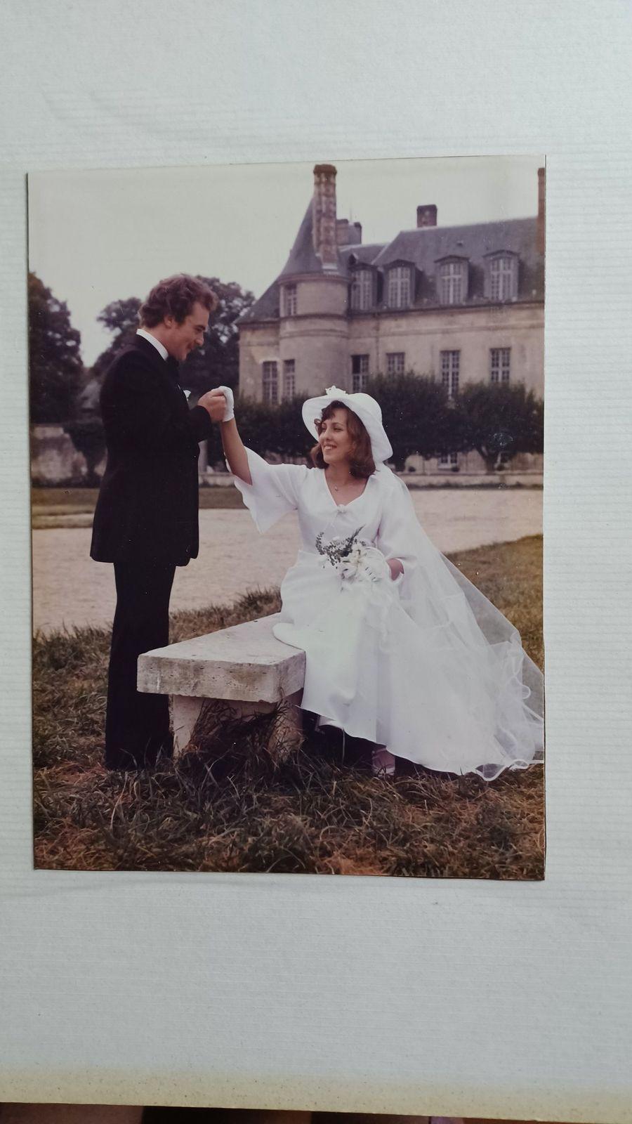 44ans aujourd'hui que nous sommes mariés  et noce d etain pour  Aline et dimitri qui fêtent leur 10 ans aussi aujourd hui