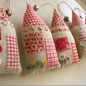 Sweet Cottage Dreams: Cottage Style Ornaments & A Little Giveaway