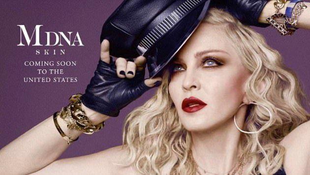 BUZZ : MADONNA fait sa pub pour sa marque de cosmétique