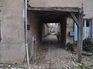 ==>  côté rue et côté cour