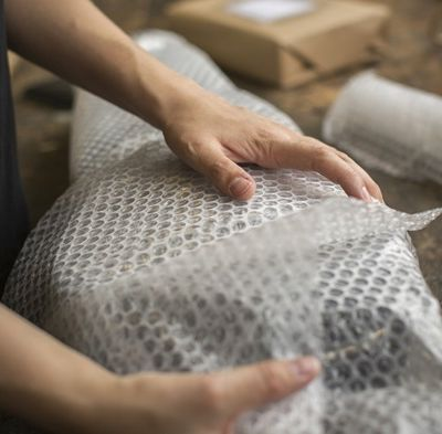 What shaped objects can be wrapped in bubble wrap?