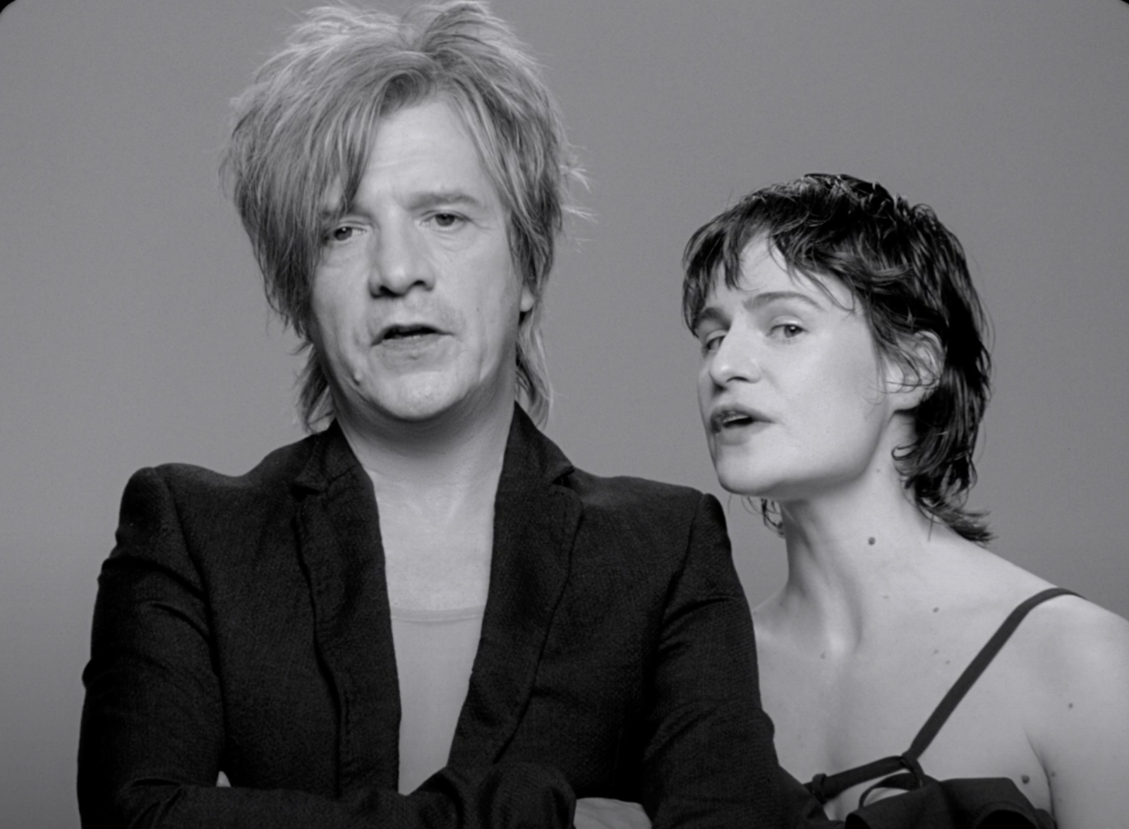 Indochine et Christine and the Queens revisitent le succès 3 e sexe