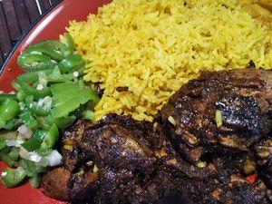 Images de la recette du poulet massalé créole.