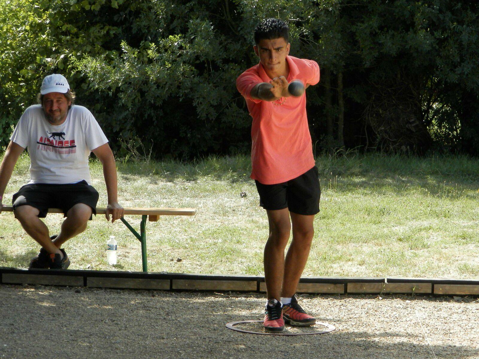 CANAULES : La chasse aux points sous la canicule