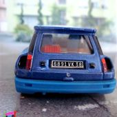 RENAULT 5 TURBO SOLIDO 1/43 - R5 TURBO - car-collector