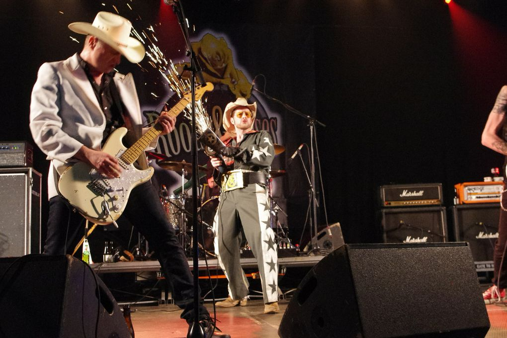 White Cowbell Oklahoma - 1 mai 2014 - Roots & Roses festival, Lessines (B)