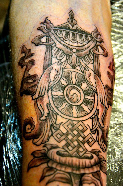 Tatouages création et réalisation Mam'Zelle Iza Tattoo