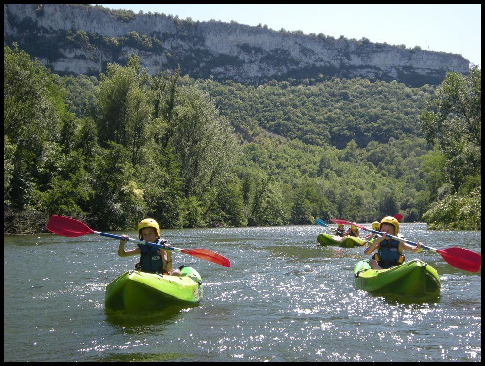 Camp de plein air à Saint-Antonin Noble Val (82) : site, activités et vie collective.