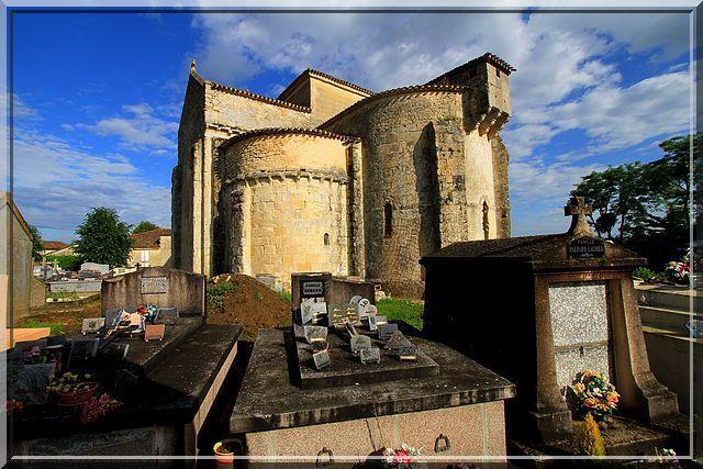 Diaporama église fortifiée de Mauriac