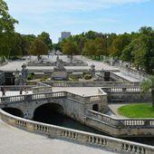 Nîmes - Jardins de la Fontaine - LANKAART