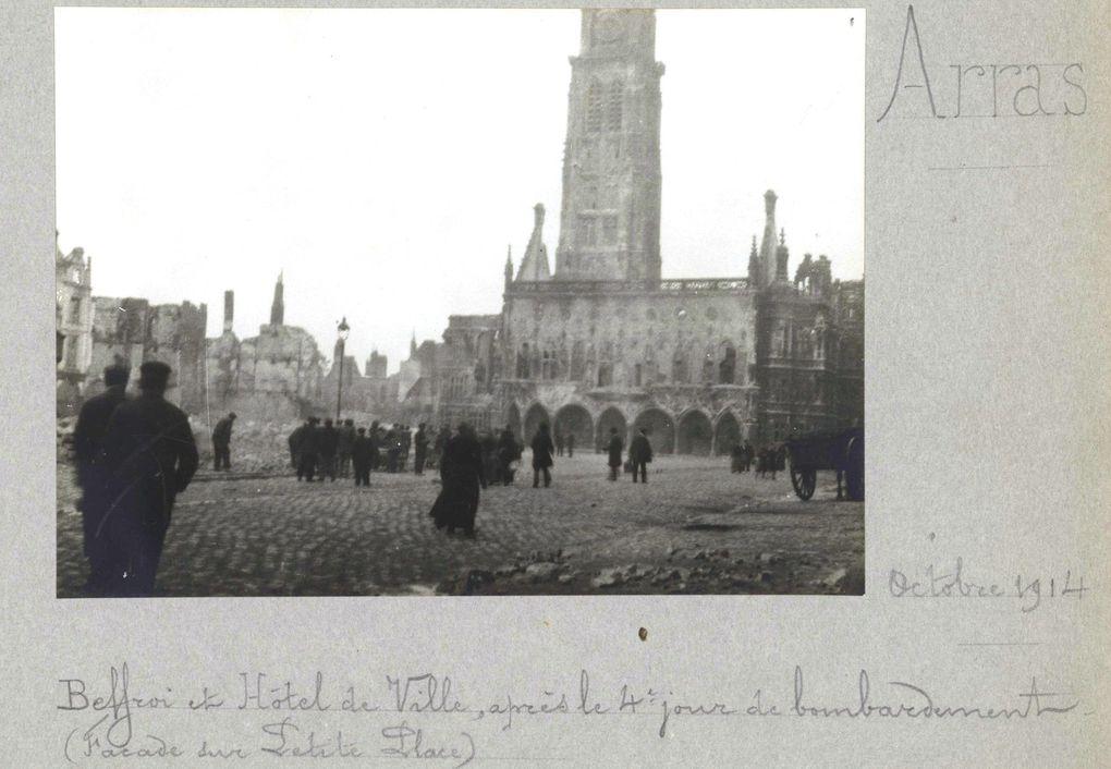 L'Hôtel de Ville après le 4e jour de bombardement.(source : albums Valois / La Contemporaine)