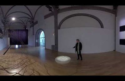 Visite 360° de l'exposition « We were so very much in love ». Joël Andrianomearisoa