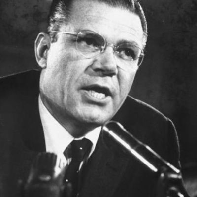 Robert Mcnamara : biographie