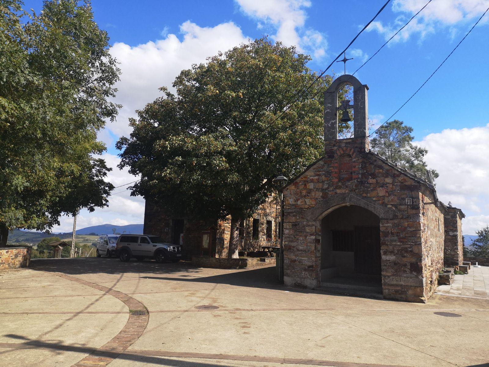 Castro : son ermita. On en trouve beaucoup le long du chemin