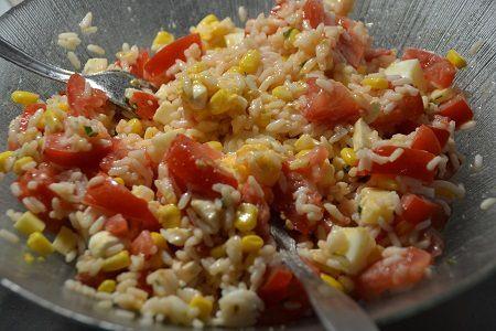 Salade composée riz tomates recette cookeo
