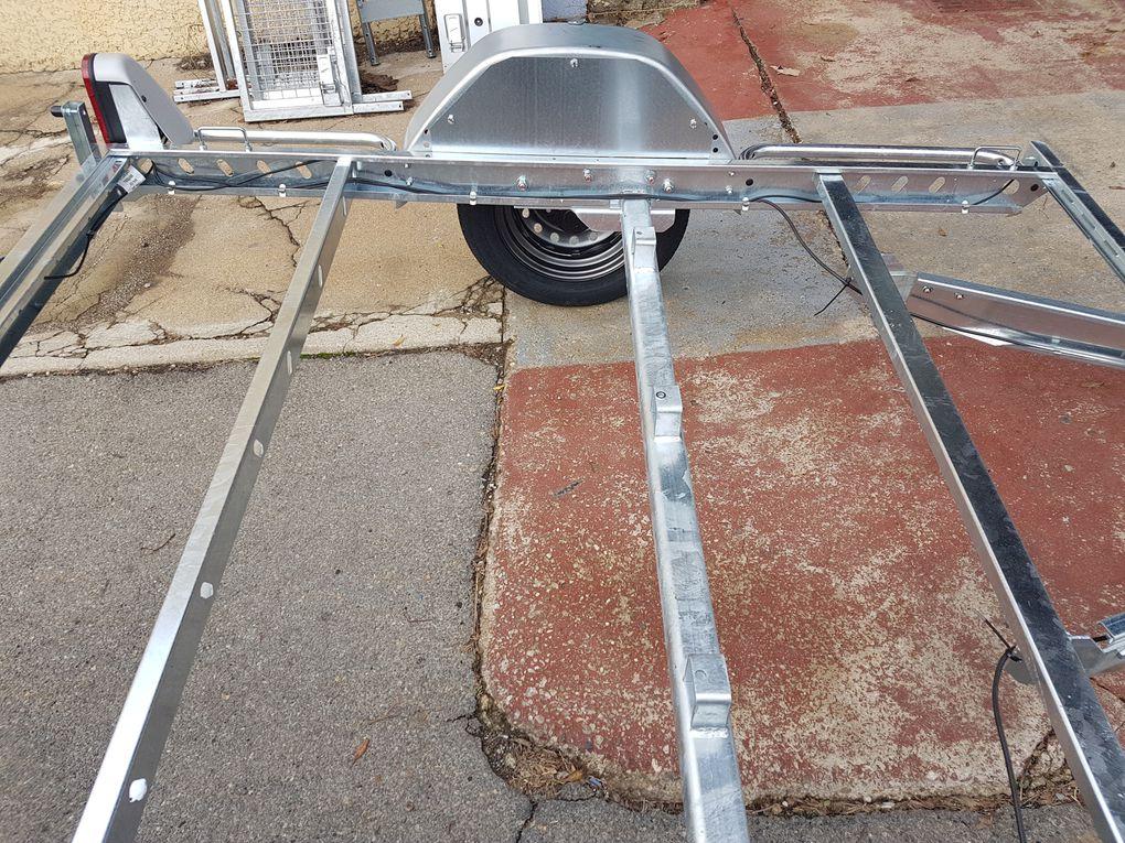 chassis de remorque pour construction TEARDROP ou TINYHOUSE