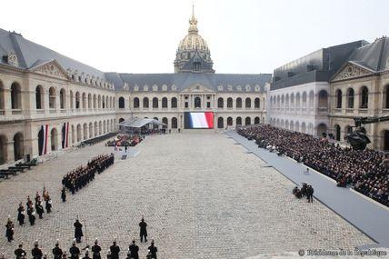 Attentats de Paris : la cérémonie en direct des Invalides