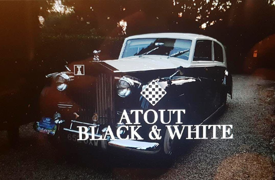 """ATOUT BLACK AND WHITE """