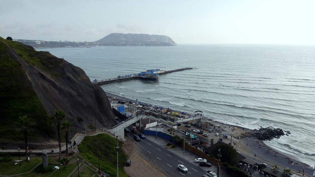 Fin de la première mi-temps à Lima.