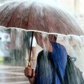 Aproape toată țara, sub avertizare de vreme severă. Harta zonelor vizate de ploi torențiale, vijelii și grindină