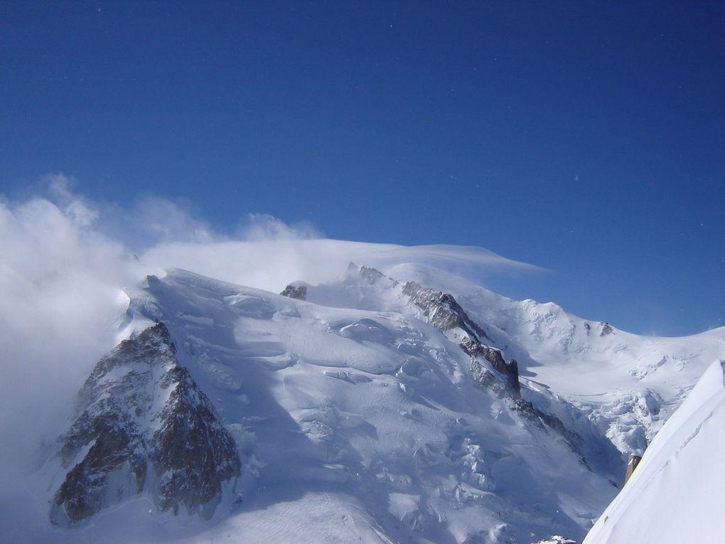 Le Mont Blanc , vu de l'aiguille du midi le 19 avril 2008
