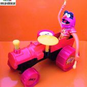 ANIMAL SUR SON TRACTEUR FIGURINE MUPPETS SHOW TELE 1979 COLLECTABLE - car-collector.net
