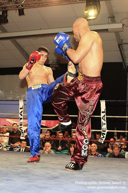 Boxe in défi XIII Tournoi des -76Kg (3x2) Karim GHAJJI vs Stevan ZIVKOVIC