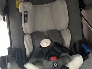 La coque Doona de Simple Parenting : une coque avec roues intégrées