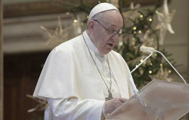 Pope on Christmas: Vaccines for all; needy, vulnerable first