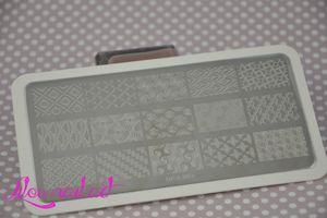 Plaque de stamping BP L003 et peel off - Née jolie