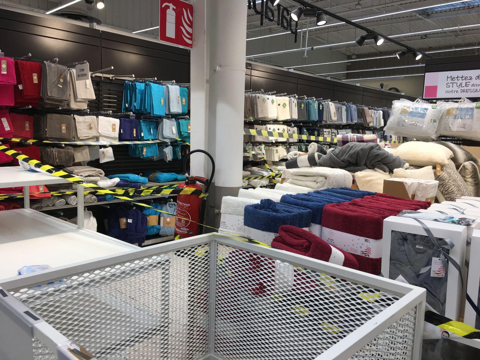 Rayons fermés dans les supermarchés...