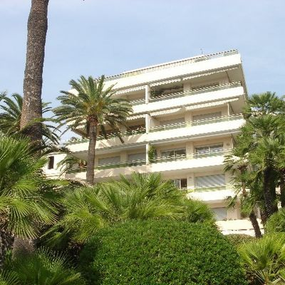 Evaluation Estimation gratuite de votre appartement Villa Mauritzia secteur Cannes Palm beach