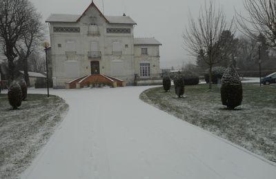 il neige sur Carignan dans les Ardennes
