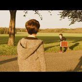 "Arno SANTAMARIA ""Debout ( Je me sens bien )"" clip officiel"