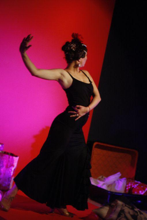 FESTIVAL FLAMENCO NIMES JANVIER 2012 MAMZELLE FLAMENKA SPECTACLE JEUNE PUBLIC A PARTIR DE 3 ANS AU MUSEE DES CULTURES TAURINES