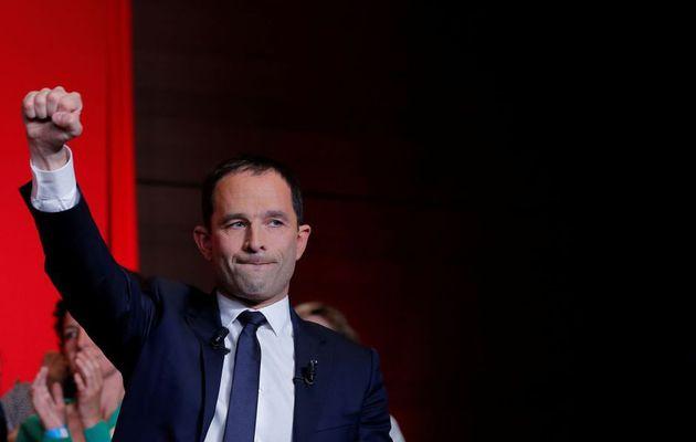"""Hamon revendique près de 30.000 adhérents, """"bientôt devant le PS"""""""