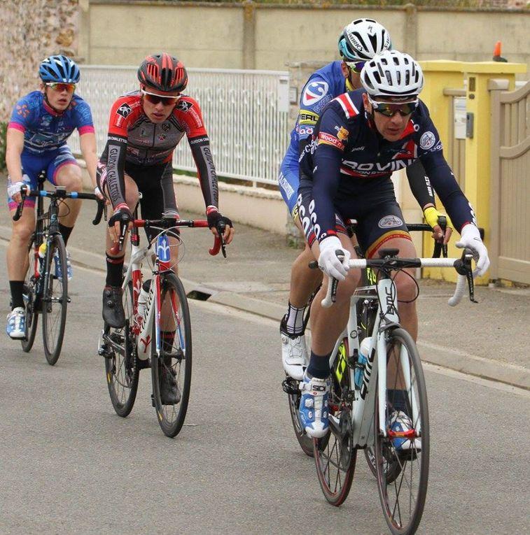 Album photos de la course 2, 3 e tJ de Mainvilliers (28) du 8/05/2017