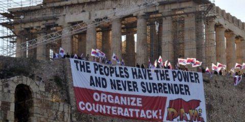 Appel depuis l'Acropole : Organisez la contre-attaque!