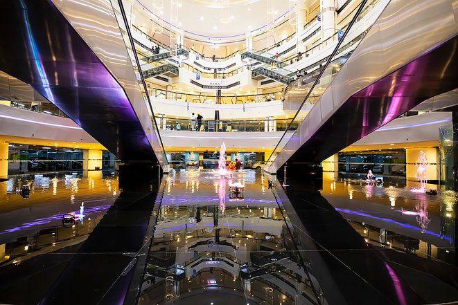 Centre commercial à Nahda, Dubaï , en 2020. Source: Wikimedia Commons © AlbeitPK