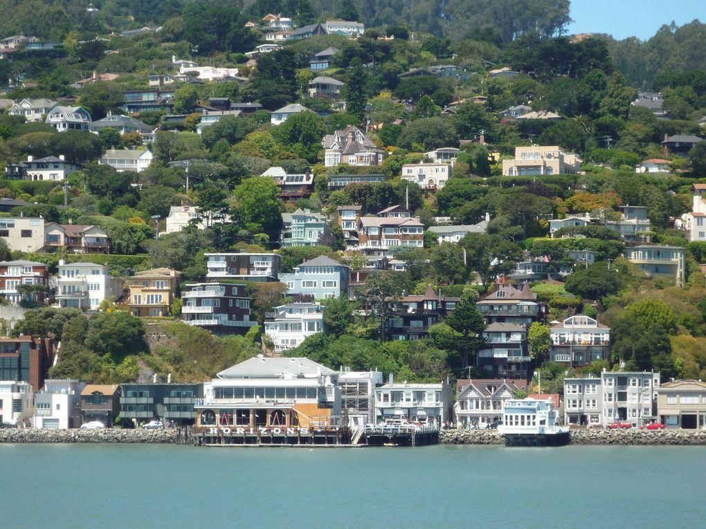Sun Yat Sen, la cathédrale Sainte Marie, Sausalido (de l'autre côté de la baie), Alcatraz, San Francisco vu depuis le 52éme étage de l'hôtel HYATT