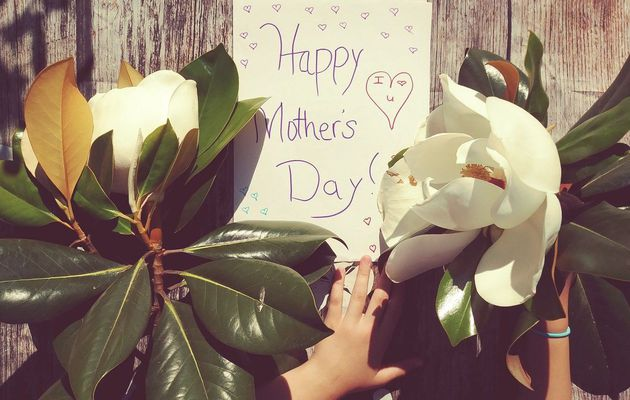 Gợi ý những món quà ý nghĩa tặng Mẹ dịp Mother's Day năm 2021