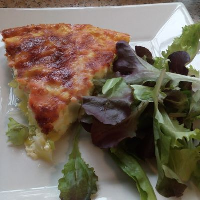Quiche au saumon fumé (quiche with smoked salmon)